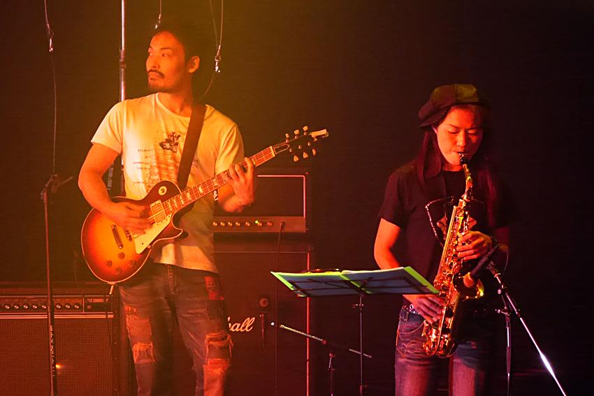 5.もん吉Band写真-5