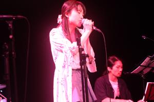 25.「花束を君に」 宇多田ヒカル