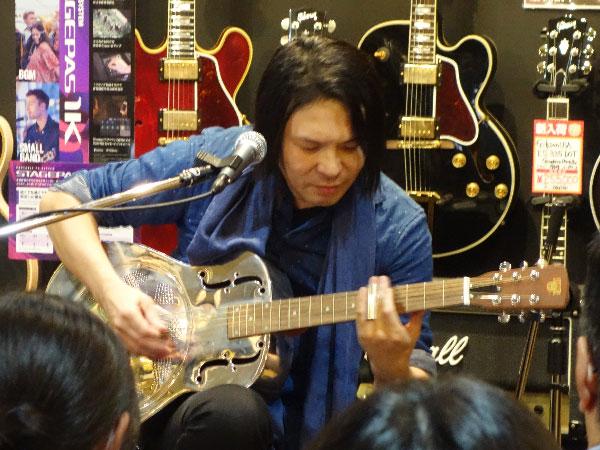 大賀好修ギターワークショップ|Dobroでスライド