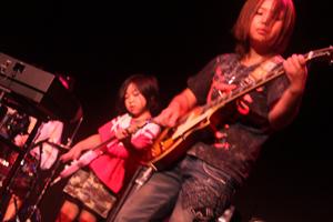 5.「CHE.R.RY」YUI