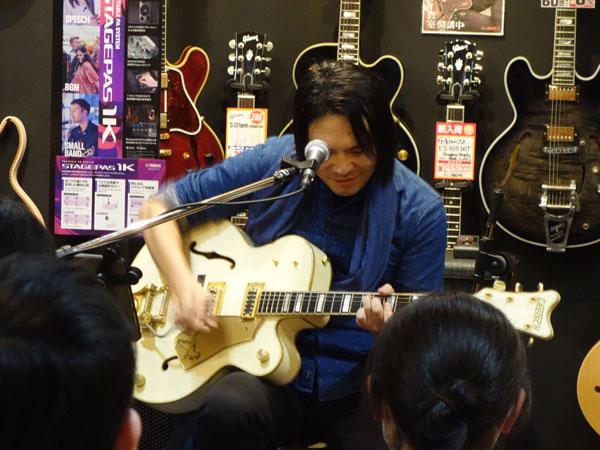 大賀好修ギターワークショップ|White Falcon